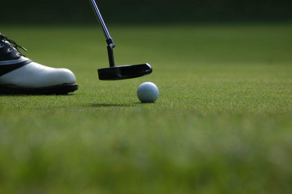 Tipy na luxusní dovolenou spojenou s golfem